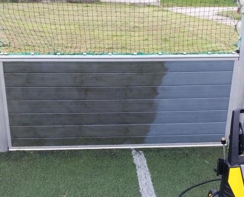 Isokor - čistenie futbalového ihriska pri SOŠ v Čadci